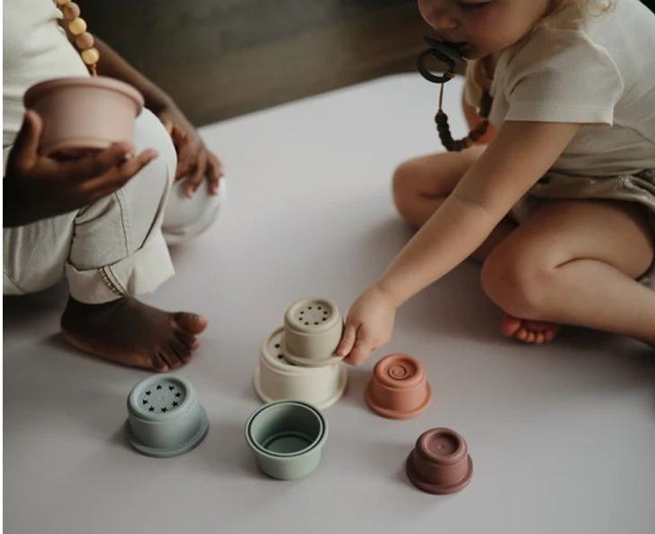 Juguetes para tu bebé: aprende como estimularlo