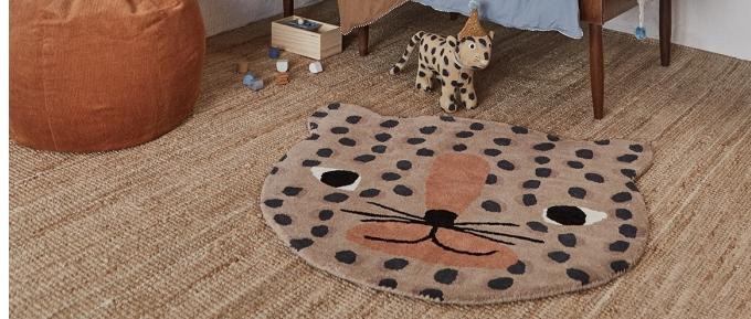 Alfombras infantiles: Un toque cálido y diseño en la habitación de los más pequeños.